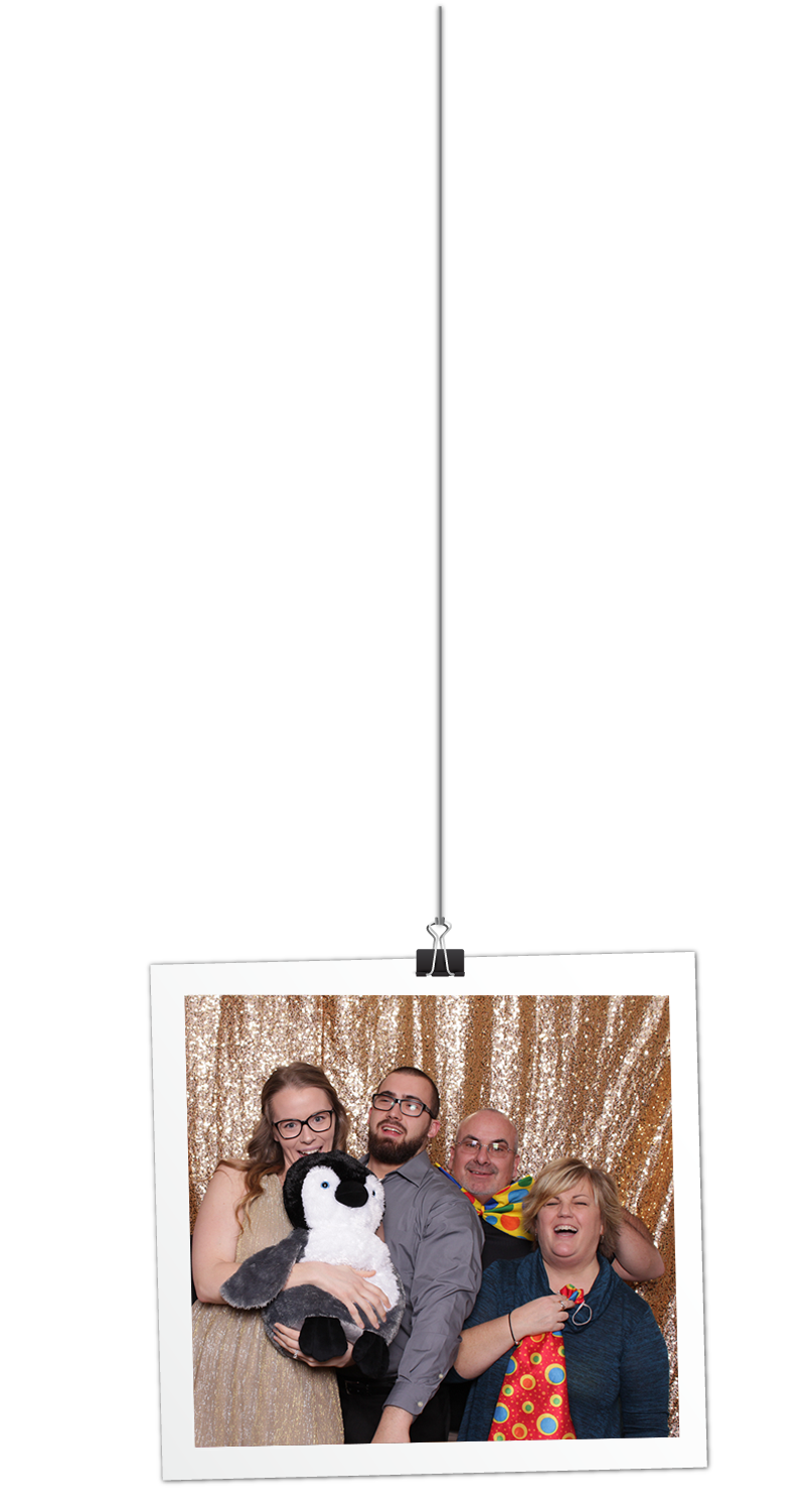 Photo booth background hanging picture
