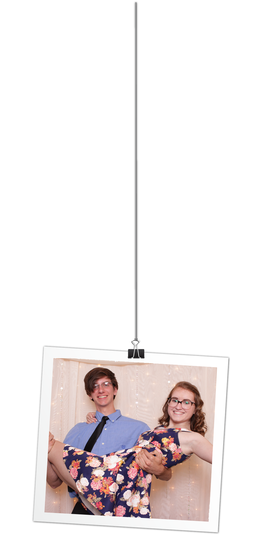 Couple in photo booth illustrated in picture